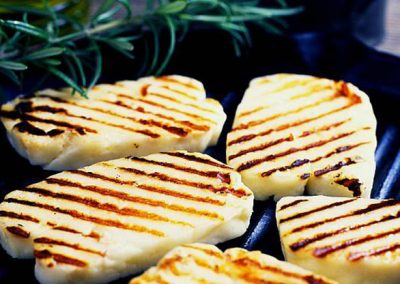 Grilled-halloumi-cheese_greek_food